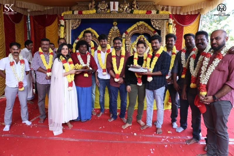 Doctor Movie Pooja Stills