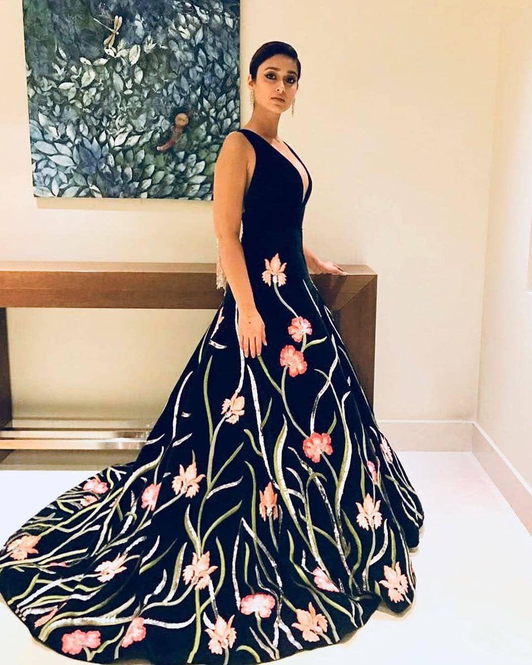 Manish Malhotra At Its Best Ileana Official Looking Stuuning In Manish Malhotra Designer Dress Ileanadcruz With Images Gowns Of Elegance Dresses Elegant Dresses
