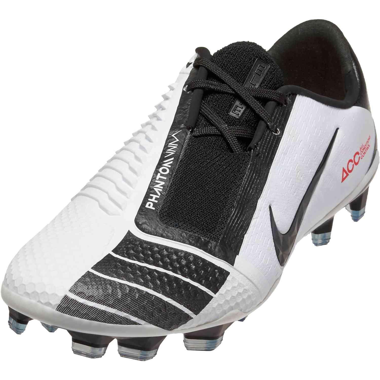Nike Phantom Venom Elite Fg Total 90 Ii Soccerpro In 2020 Popular Boots Nike Elite