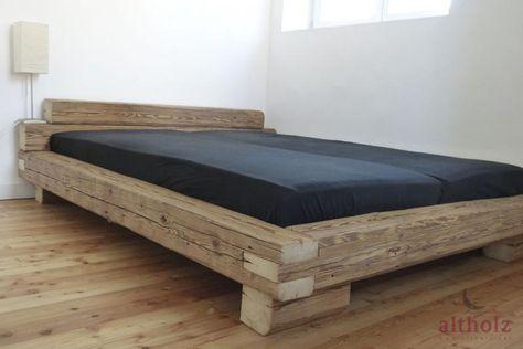 Bett aus handgehackten Altholz Balken Bett holz, Bett