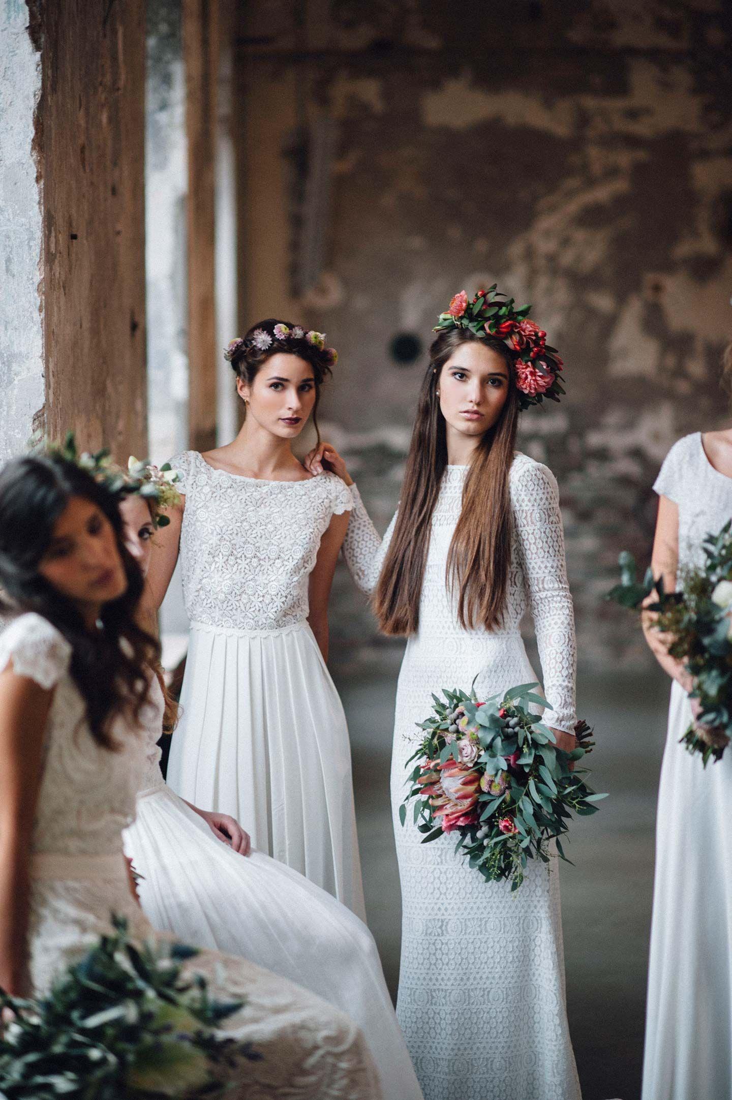 Tali Photography  Leichte brautkleider, Brautmode, Kleid hochzeit