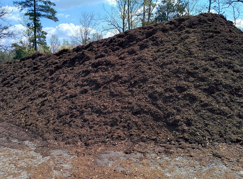 Our Black Color Mulch Is Another Decorative Mulch That We Make On Site For Your Landscaping Needs Made From Recycled Wood Landscaping Supplies Mulch Color