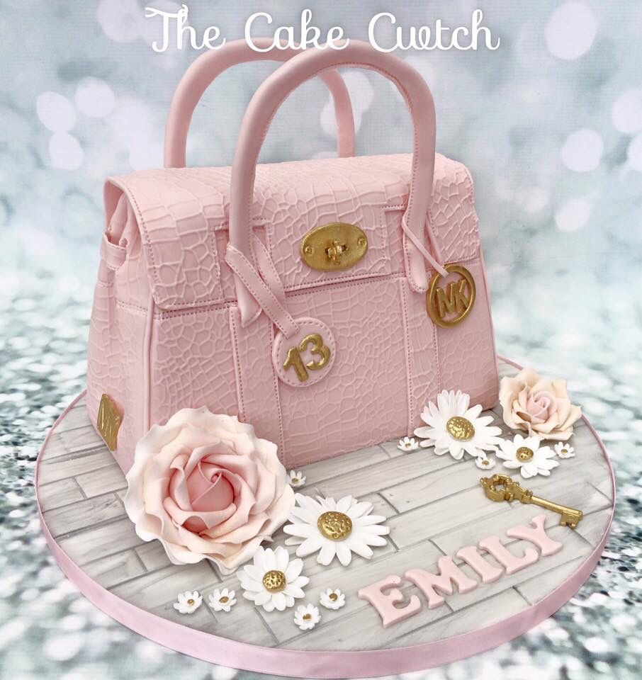 Fashion week Cup-cake Fashion clutch trend for lady