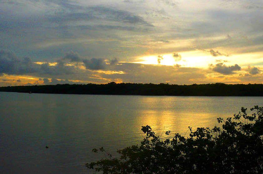 Orla Pôr do Sol do Mosqueiro, Aracaju, Sergipe.
