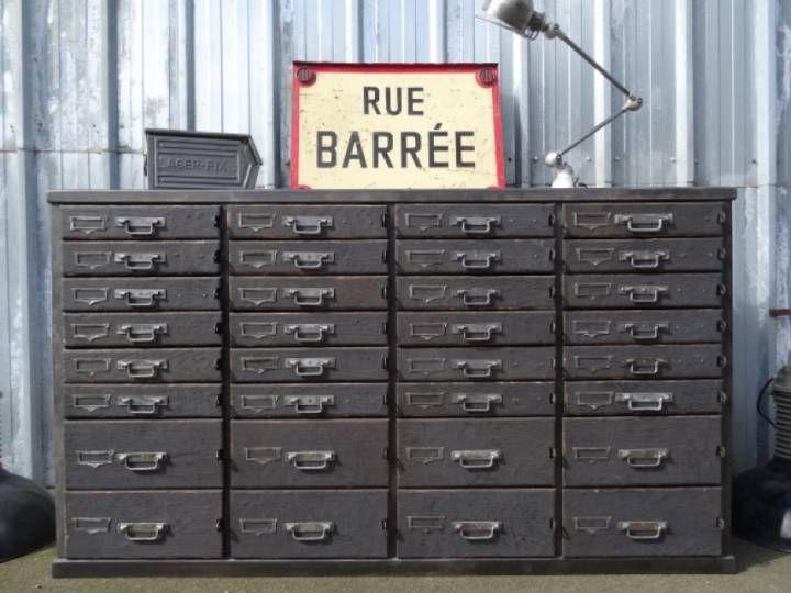 Meuble de m tier d 39 atelier metal et bois 32 tiroirs for Meuble atelier metal