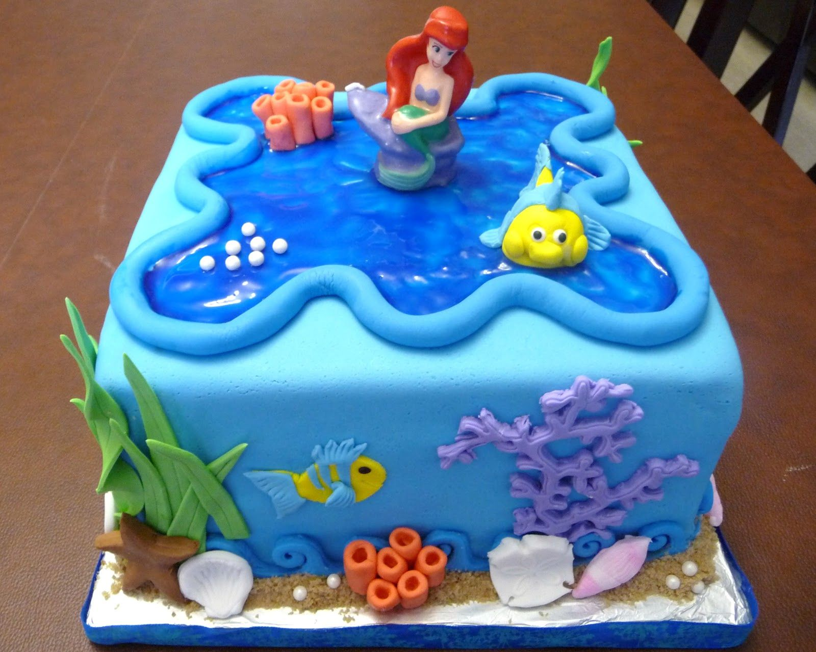 ArielCakeJPG 16001279 pixels Cake ideas Pinterest Mermaid