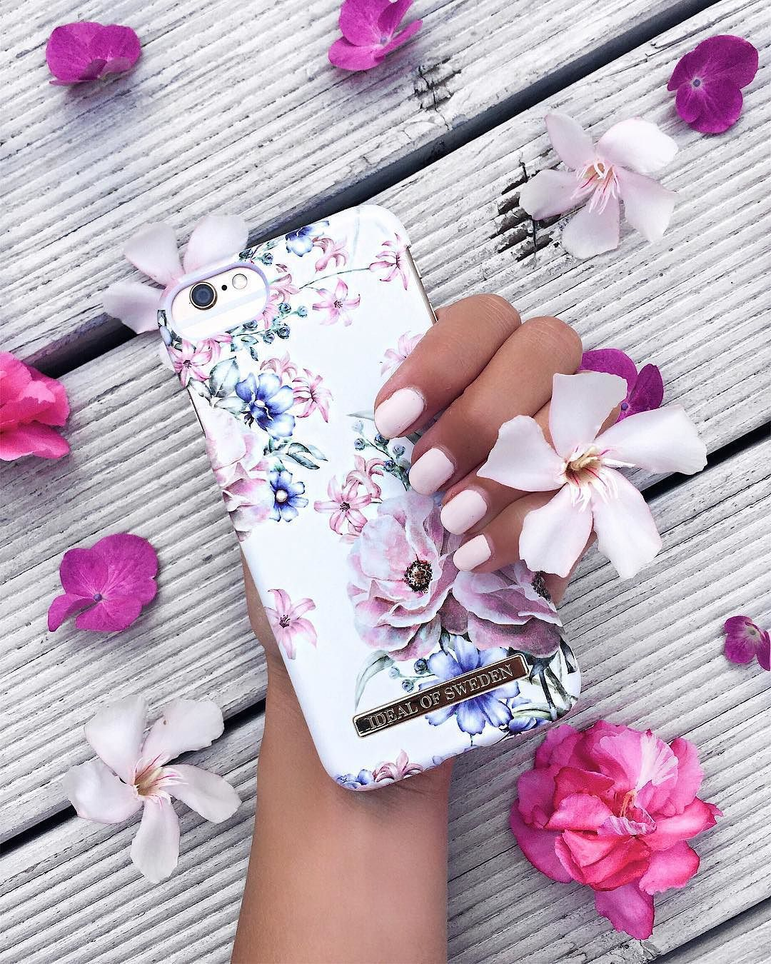 Floral Romance by @my_philocaly - Fashion case phone cases iphone ...