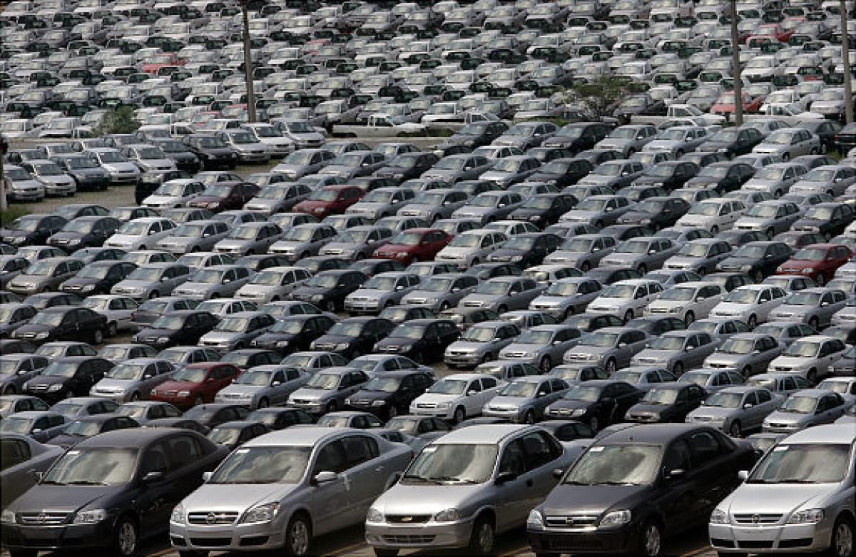What Do Car Dealerships Do With Unsold Cars