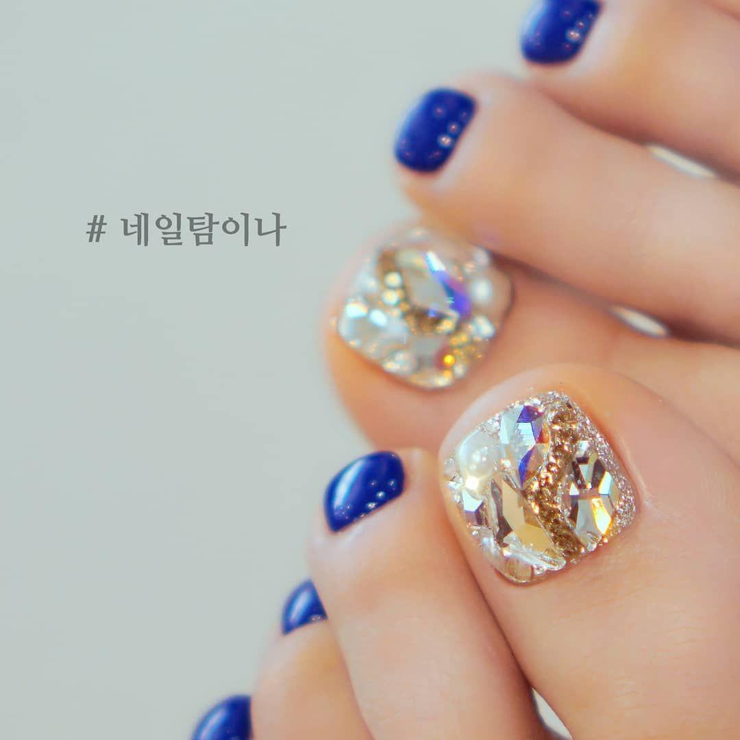 20 Latest Korean Summer Crystal Toe Nail Art Designs Diamond