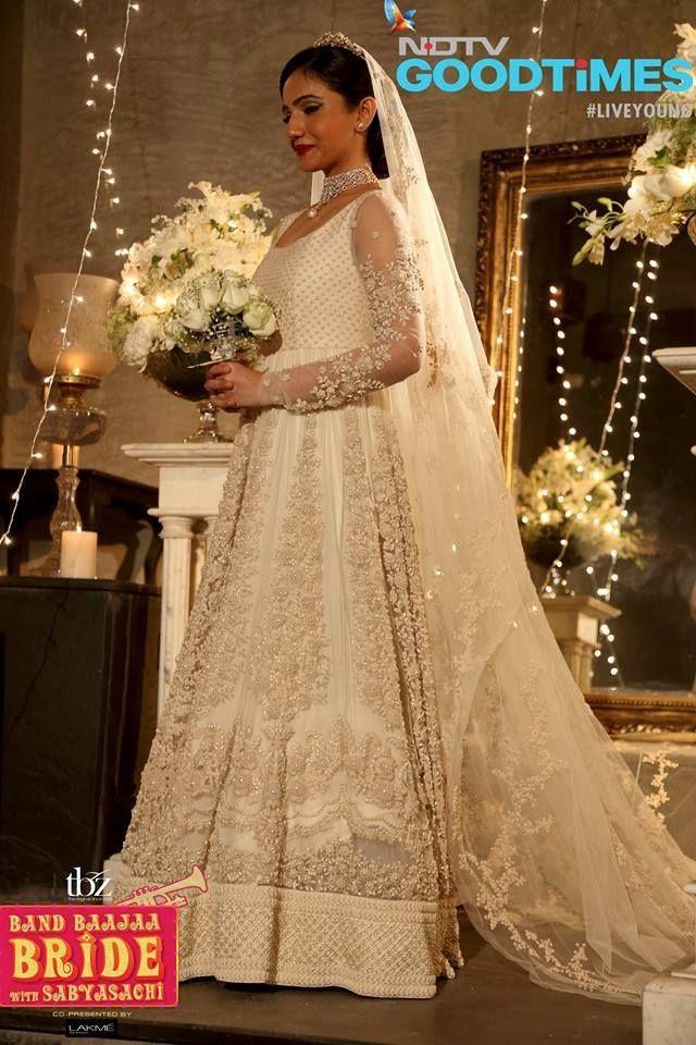 An Elegant Telegu Wedding In Hyderabad Rv Sindhura Christian Wedding Gowns Indian Bridal Headpieces Sabyasachi Bridal