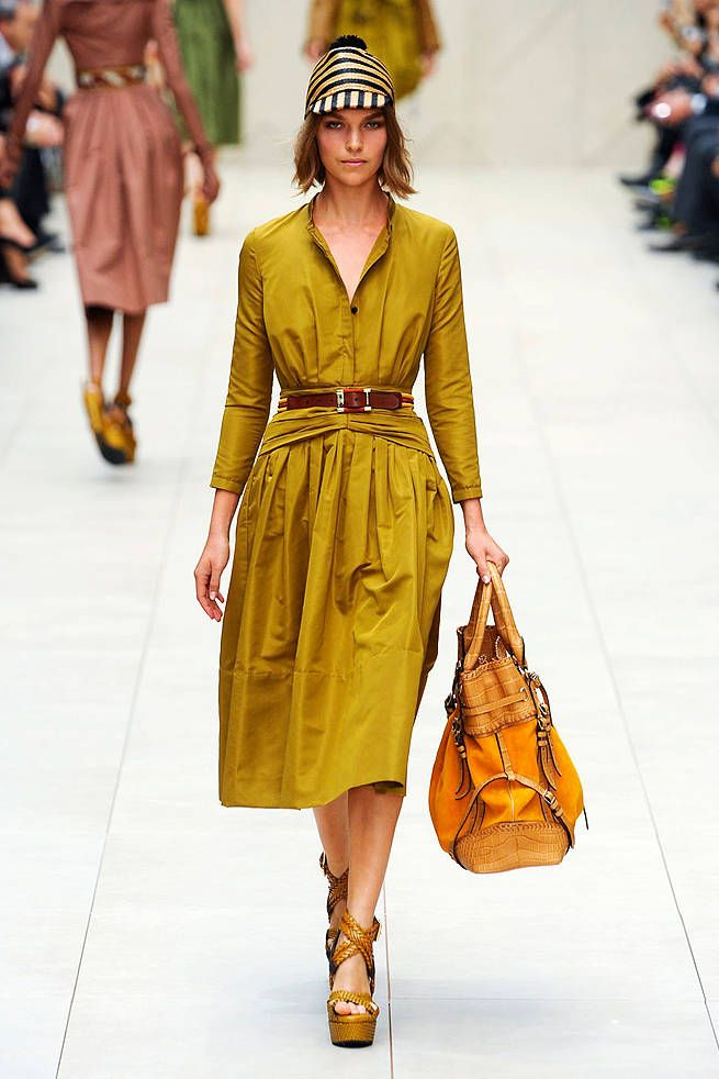Burberry Prorsum Spring 2012 Runway - Burberry Prorsum Ready-To-Wear Collection - ELLE
