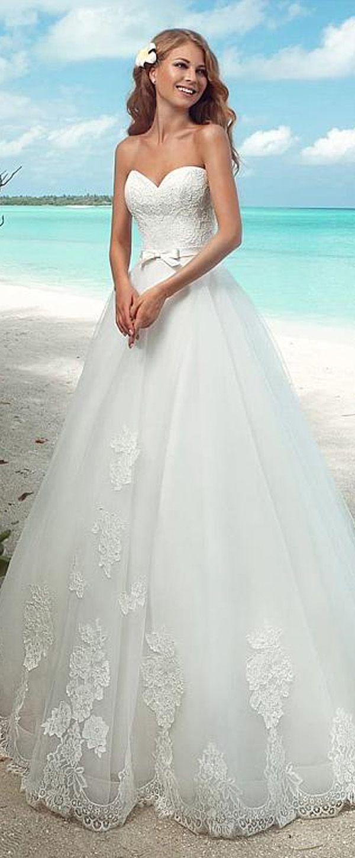 Charming Lace & Tulle Off-the-shoulder Neckline A-line Wedding Dresses