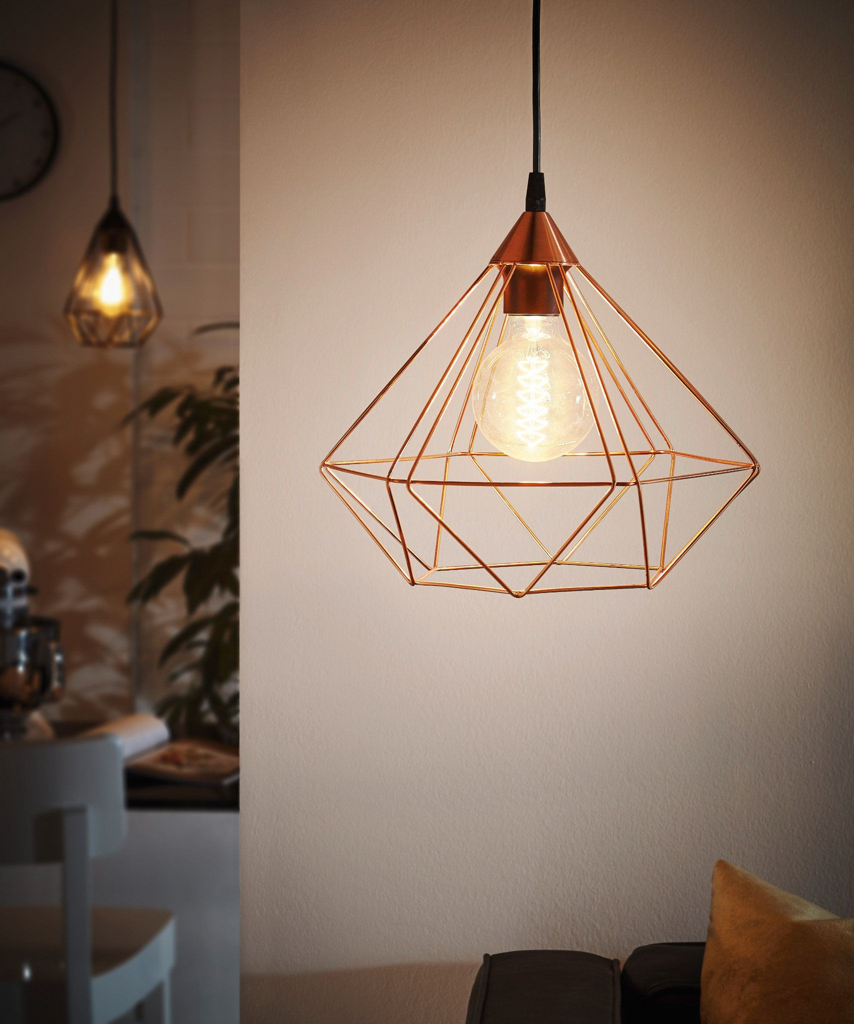 The Tarbes Black Pendant Light has a Vintage design, and makes a unique  addition to any Kitchen Space.