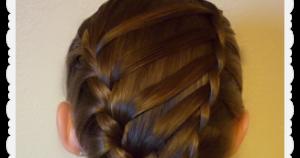 Ladder braid tutorial by Gabie Vossler. Youtube: gabie vossler #tutorial #hair #ladderbraid  #braid #howto