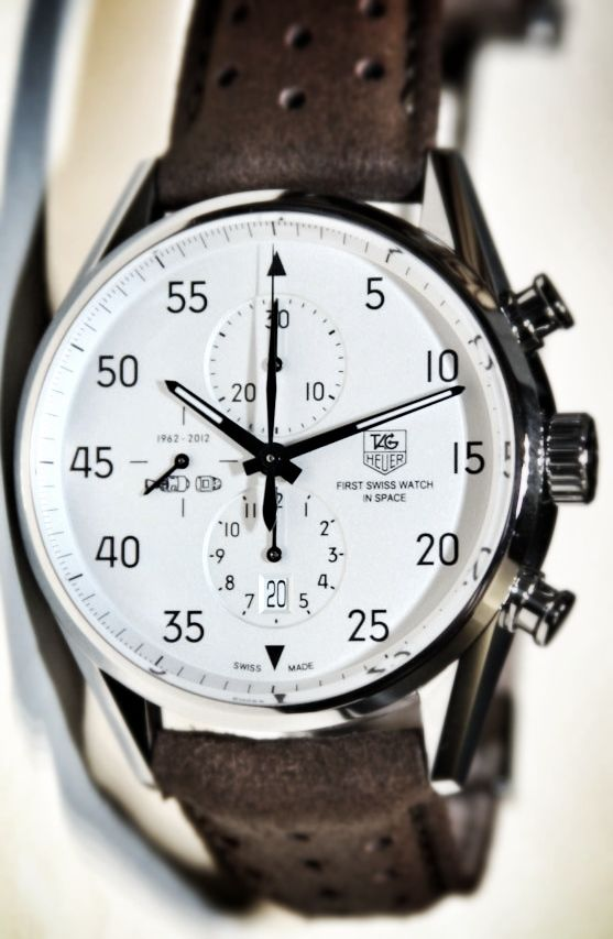 933dd8237 Tag  watch with leather band and white face  men