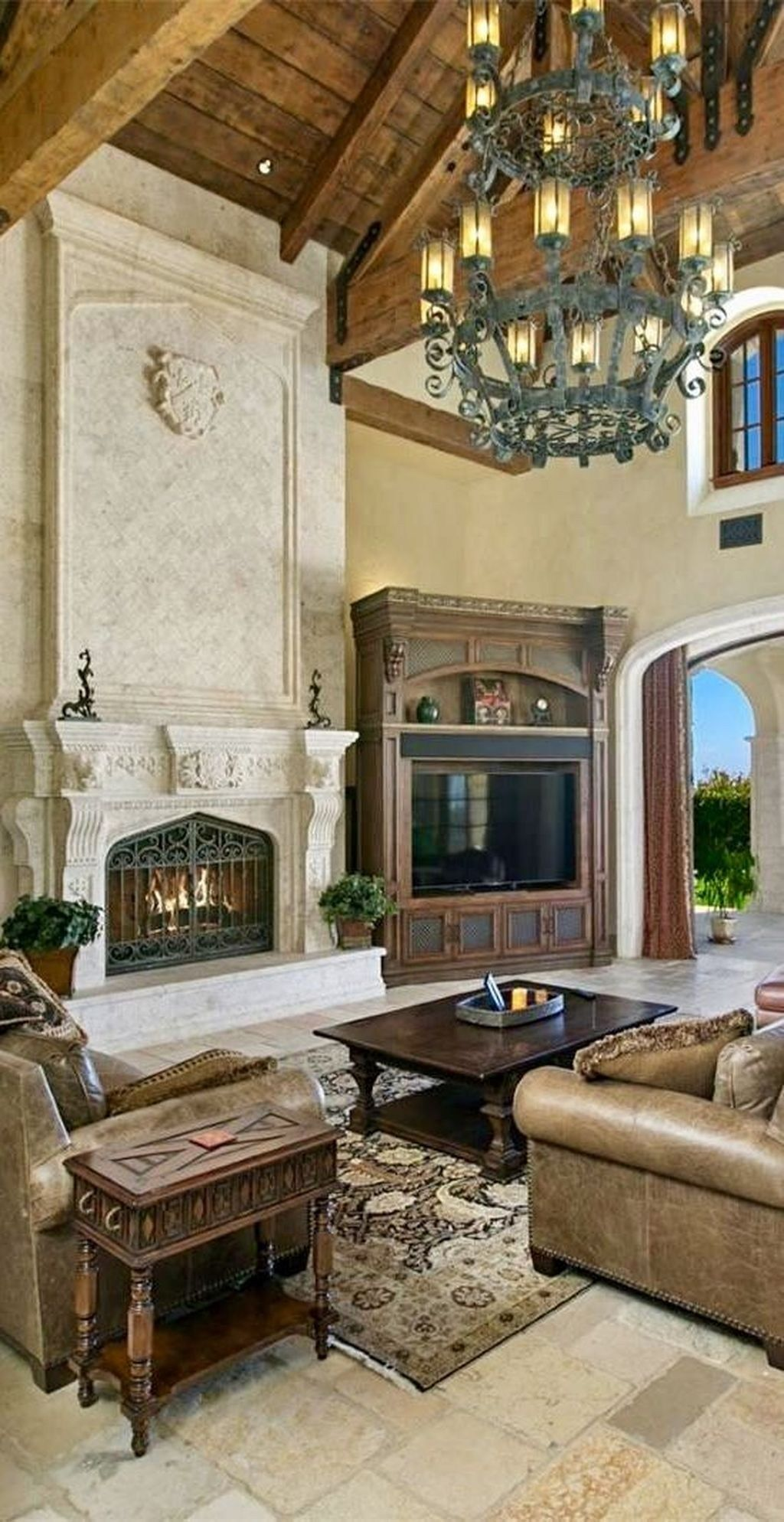 Elegant Tuscan Home Decor Ideas You Will Love 01 Tuscan House Mediterranean Home Decor Mediterranean Homes
