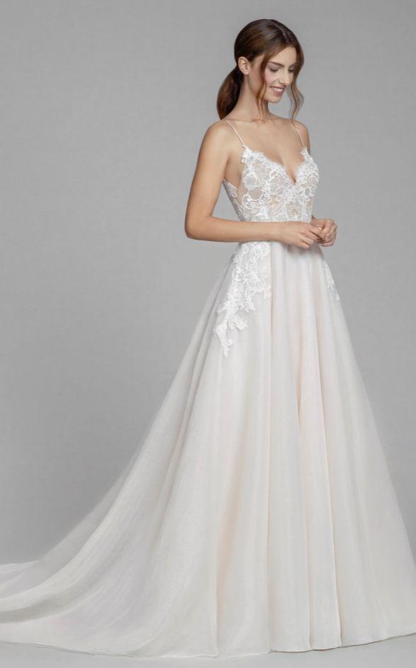Inspiration pour robe de mariée – Tara Keely par Lazaro de JLM Couture – MODwedding   – Weddi…