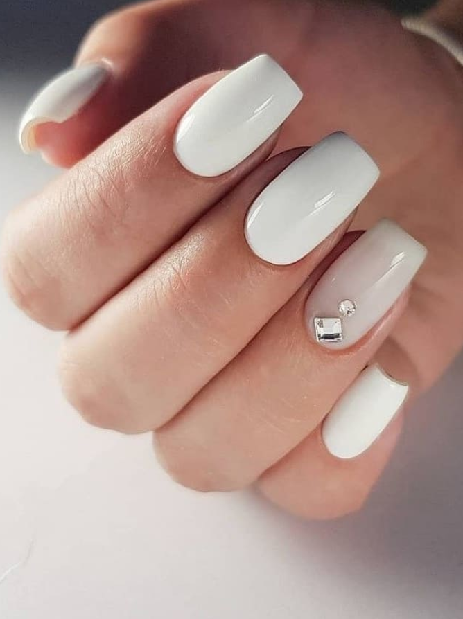 24 Elegant Acrylic White Nail Design For Short Square Nails In Summer Page 20 Of 24 Latest Fashion Trends For Woman Short Square Nails White Nail Designs White Nails