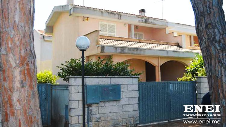Villino Angolare Anzio Villa Claudia via Arno   Case in ...