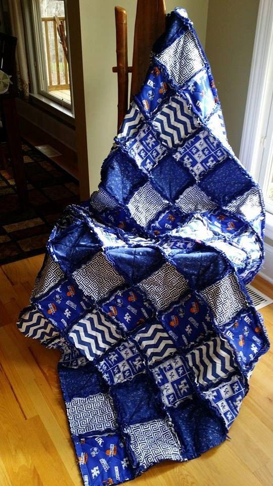 UNIVERSITY OF KENTUCKY Rag Quilt / Throw Choice of Sizes ... : university of kentucky quilt - Adamdwight.com