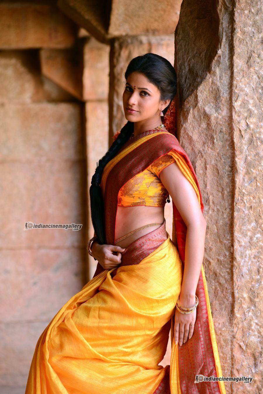 Nude Priyanka Gandhi Delightful lavanya tripathi in sokkali mainar movie (8) | adorable