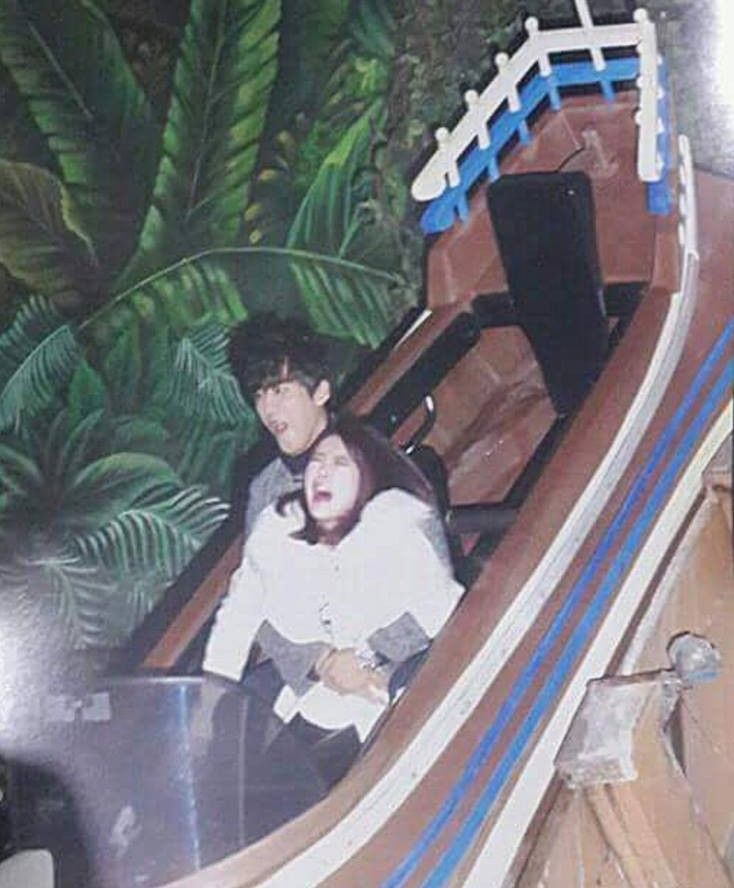 Hong Jin Young And Namgoong Min Captured In Hilarious Photo At Amusement Park Jinyoung Namgoong Min Funny Photos