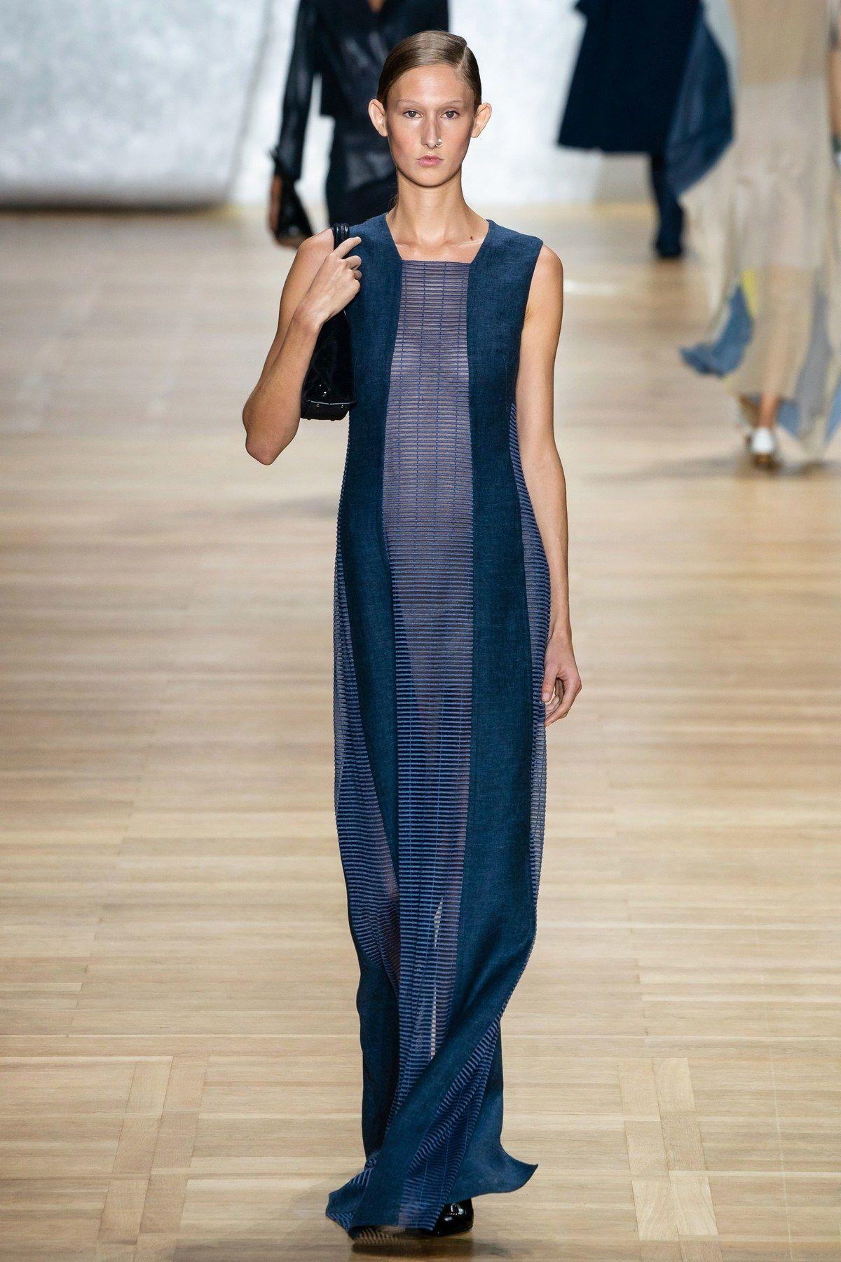 Akris Spring 2020 Ready-to-Wear Fashion Show