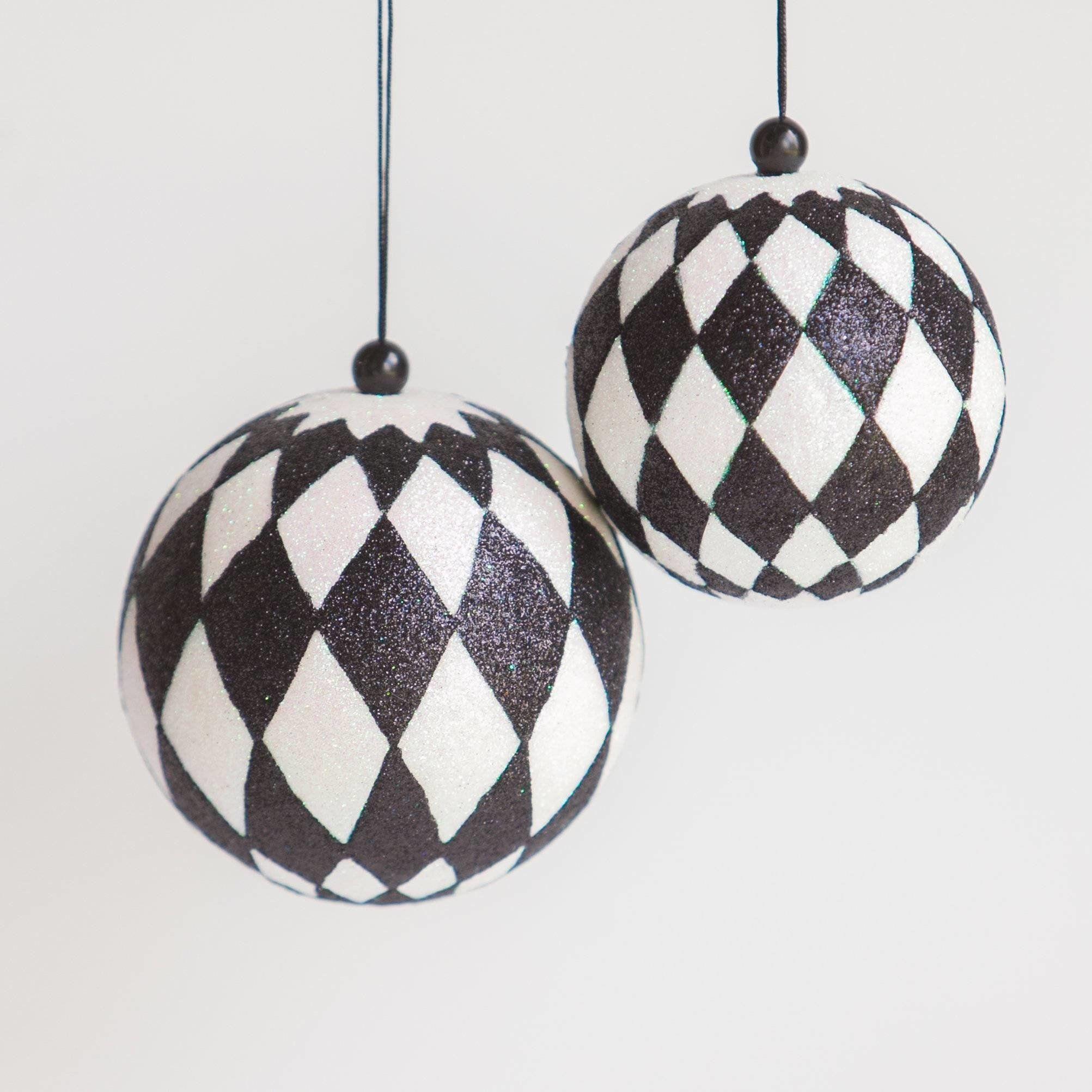 Black And White Diamond Or Checkered Ornament Ball Shatterproof Ornament Ball 5 And 4 White Christmas Ornaments Black Christmas Trees Black White Christmas