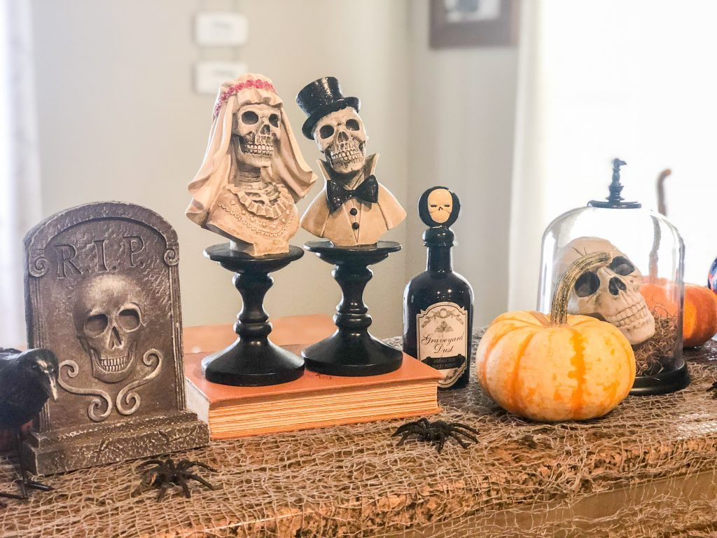 Halloween Decorations 2018 (With images) Halloween