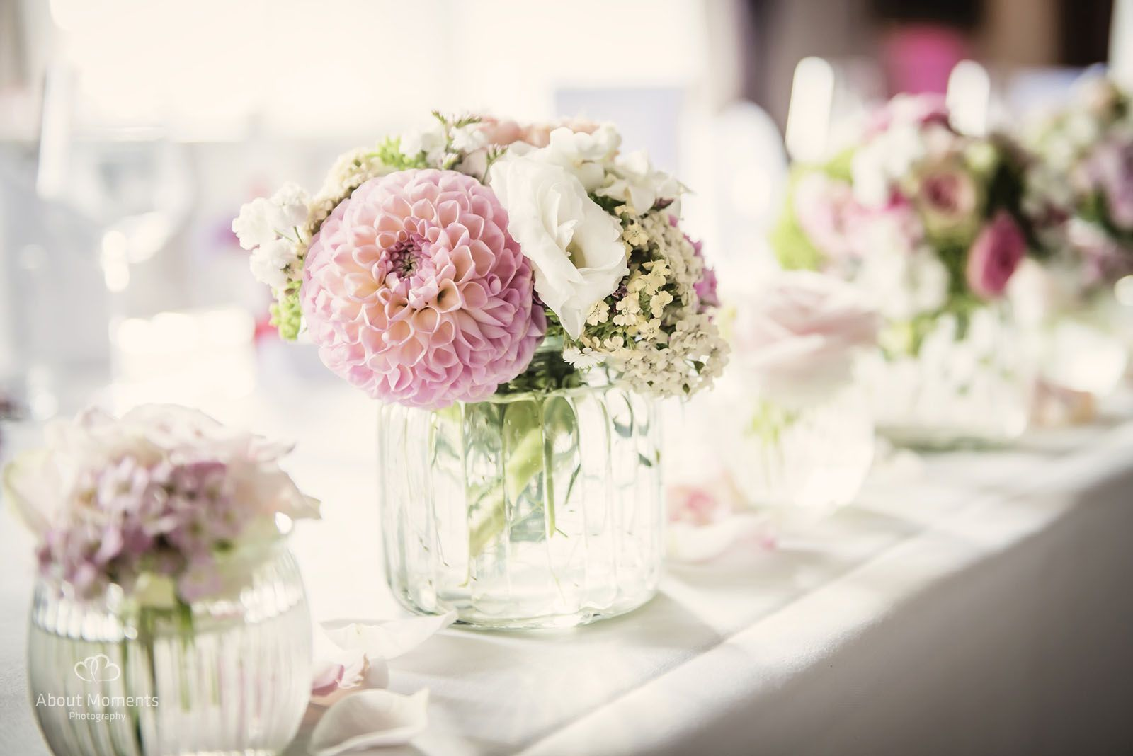 wasserschloss milels fleurs vintage dahlien tischdeko pinterest more wedding and rustic. Black Bedroom Furniture Sets. Home Design Ideas