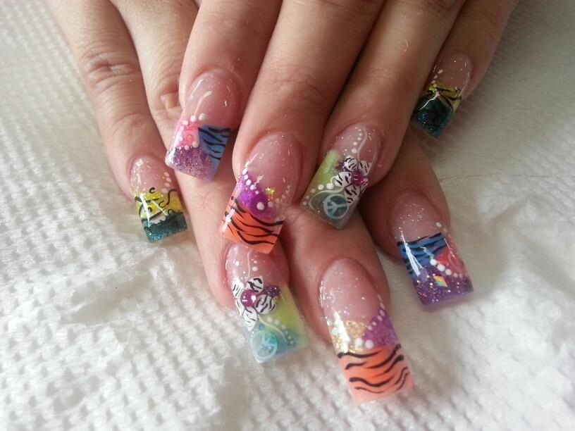 Pin de lu gomeZ en uñas | Pinterest | Uñas encapsuladas, Diseños de ...