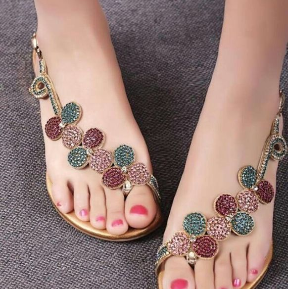 c66c23acb18 Yo amo los zapatos Sandalias De Moda, Sandalias Decoradas, Collares, Ropa,  Zapatos