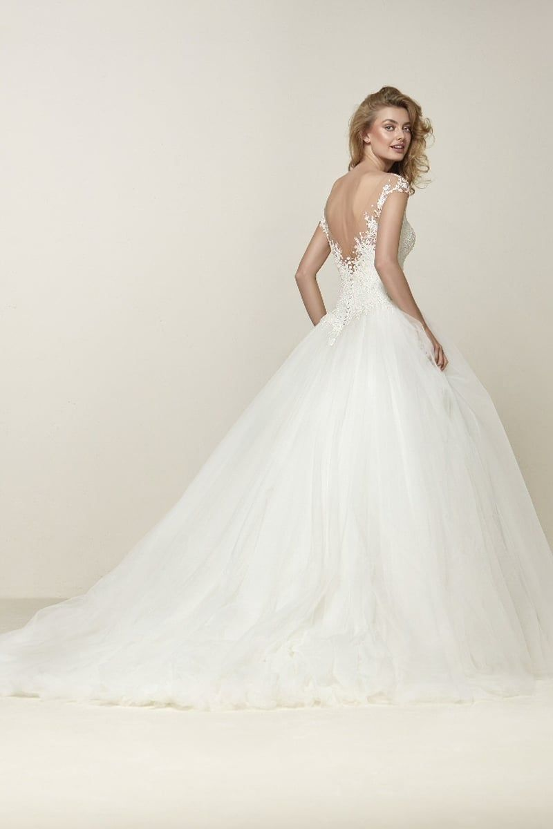 Pronovias la nuova collezione sposa bridal gowns pinterest