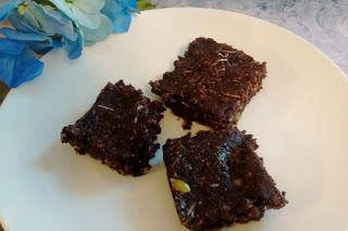 Beginning Anew2: Creative cooking, home making, crafts and other things: Chewy Almond Carob Squares