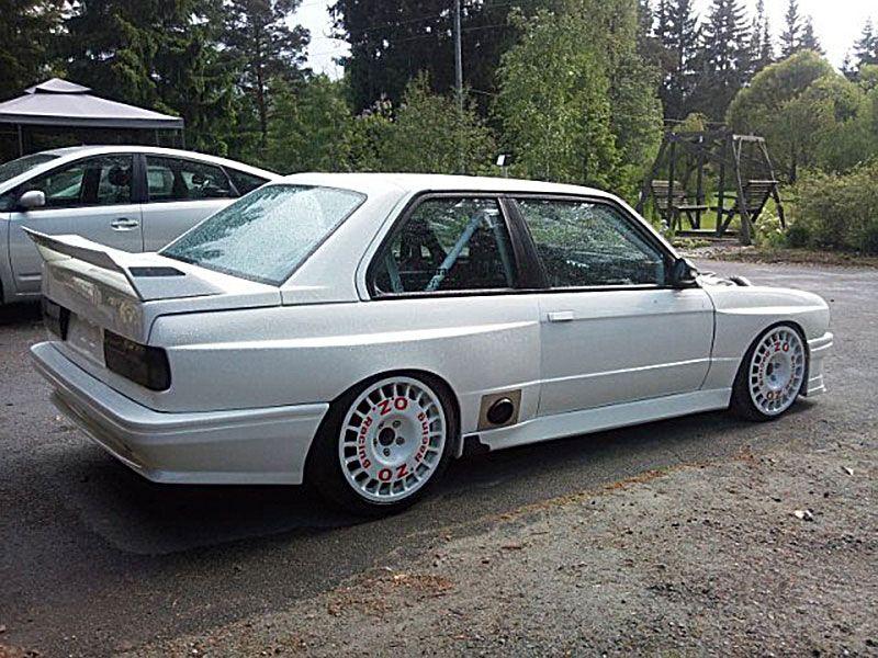 Oz Rally Flared Bmw E30 02 Jpg 800 600 Bmw E30 Bmw Bmw E30 M3