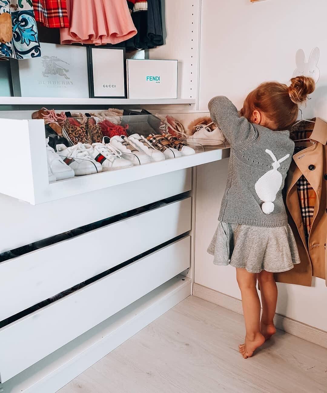 Cute Walk In Wardrobe For A Little Girl Baby Room Decor Baby