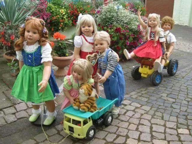 Wow dolls