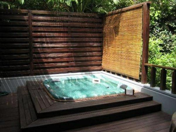 whirlpool im garten edles holz ideen rund ums haus pinterest jacuzzi hot tubs and backyard. Black Bedroom Furniture Sets. Home Design Ideas