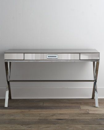 I love furniture that can multi-task! This mirrored writing desk can double as a dressing table, so it's perfect for a guest room.