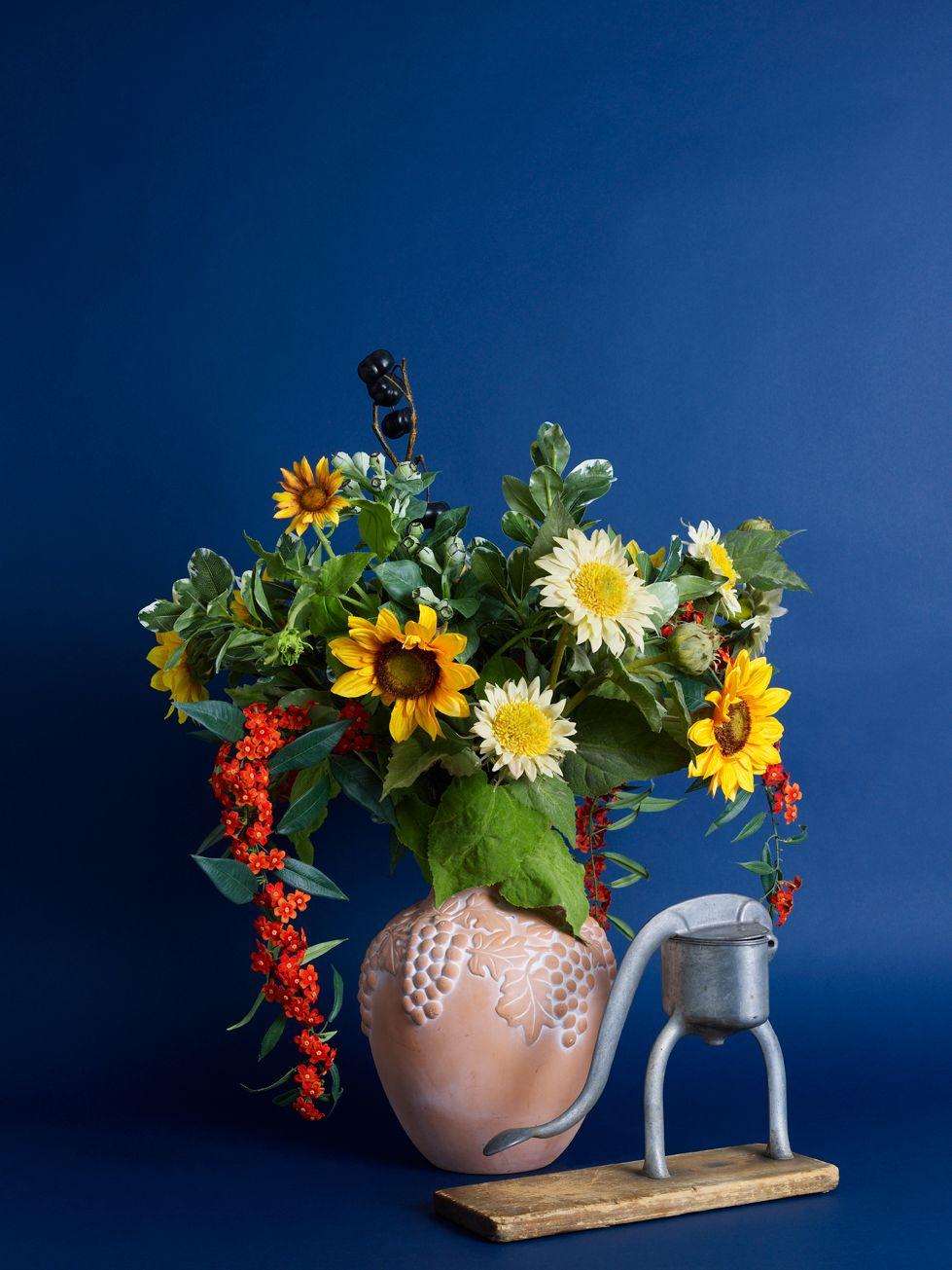 Sunflowers for a country kitchen silk flower designs pinterest