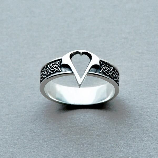 2016 Assassins Creed Logo Titanium Steel Ring,Assassins Creed Logo Men Ring,Cosplay Costume Syndicate Ring Game Jewelry Dropship B E S T Online Marketplace - SaleVenue |