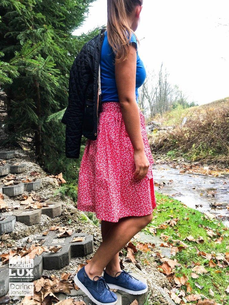 Vyniknite na jeseň s krásnou sukňou s ľudovým vzorom  )  15a78f7dccb