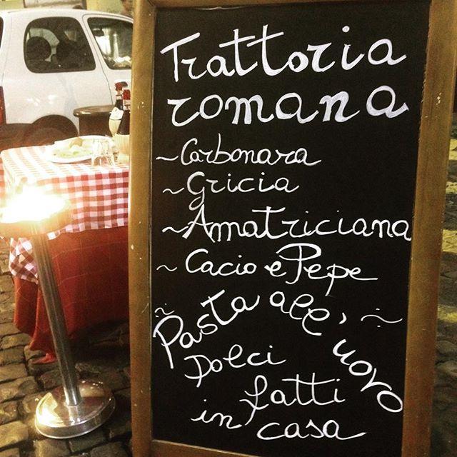 #AlessiaFabiani Alessia Fabiani: #cena #Lievitoefarina #primiromani #gnam #gustosi #trattoriaromana #campodefiori #alessiafabiani #atmosferamagica #ristorante #pizzeria #piazzadellacancelleria