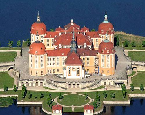 Schloss Moritzburg Moritzburg Castle Moritzburg Saxony Germany Www Castlesandmanorhouses Com Castle House Castle Manor House