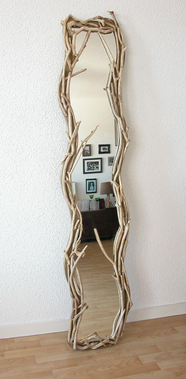 Miroir vertical en bois flott par benoit galloudec http for Miroir vertical