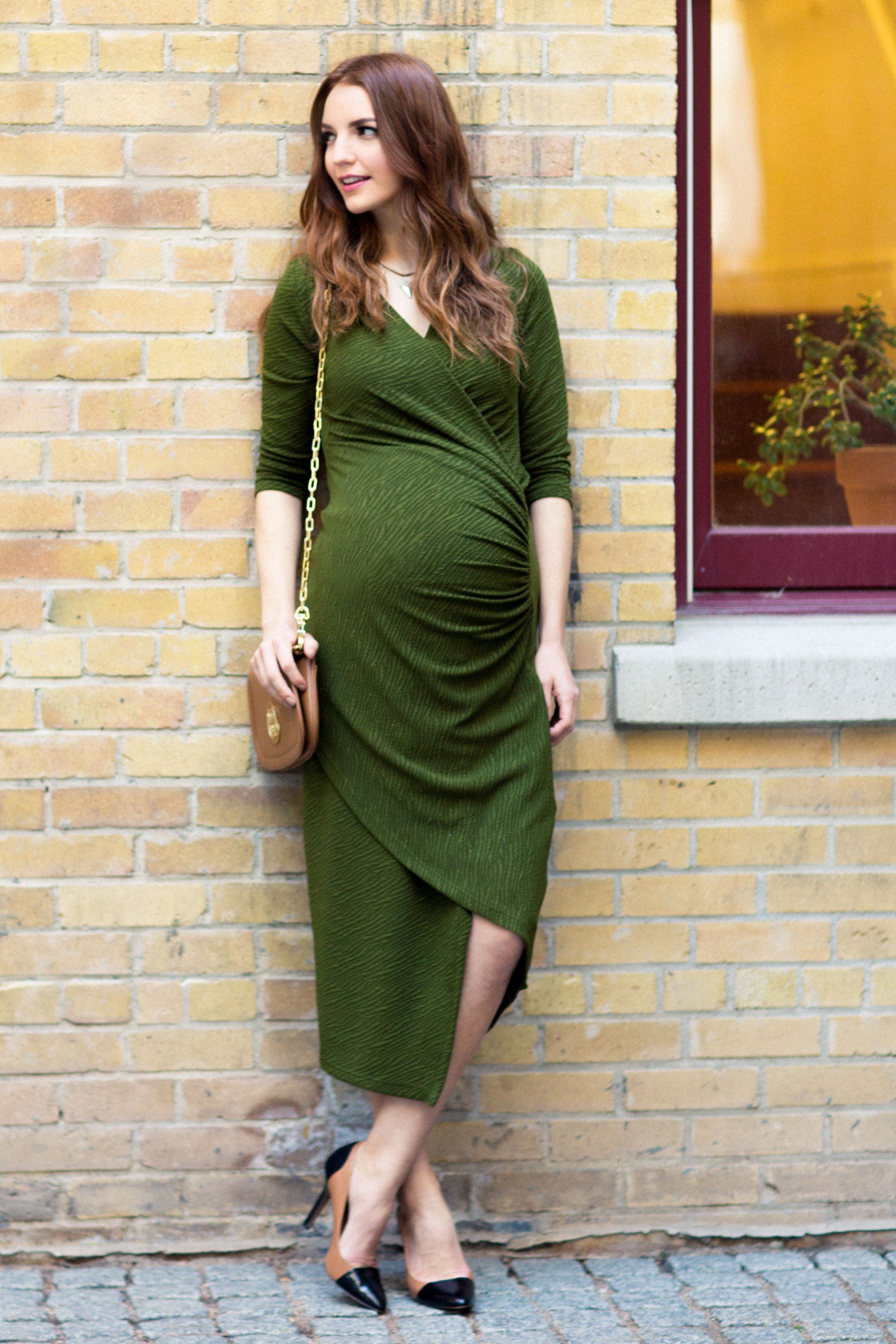 Glamorous pregnancy dress for your maternity wardrobe maternity glamorous pregnancy dress for your maternity wardrobe ombrellifo Choice Image