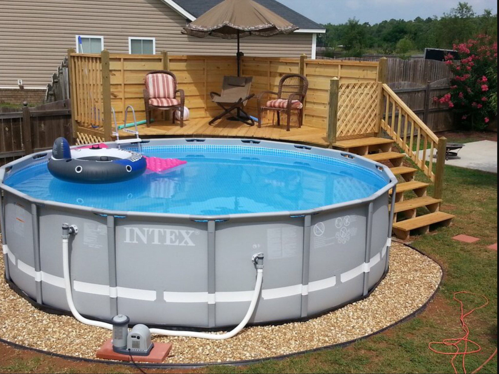 Small And Best Backyard Pool Landscaping Ideas Great Affordable Backyard Ideas Above Ground Pool Landscaping Pool Patio Backyard Pool Landscaping