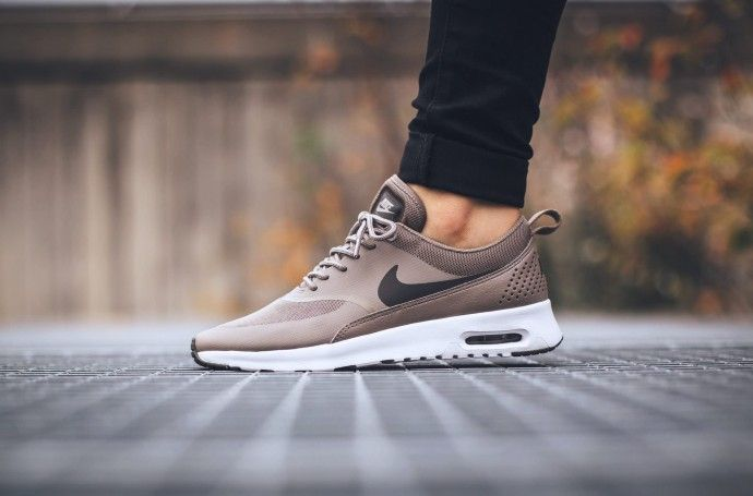 2c8a9766e6c Nike-Air-Max-Thea-marron-2
