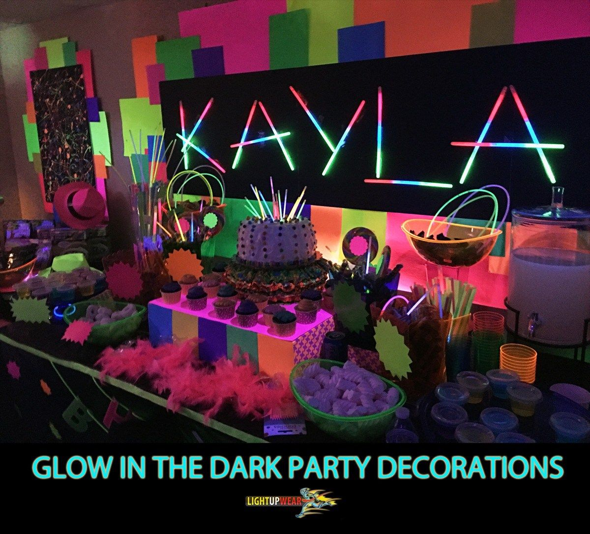 Glow In The Dark Party Decorations And Ideas Light Up Wear Glow Party Neon Party Glow Stick Party