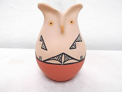 Hand-Coiled-Jemez-Pottery-Native-Indian-Pueblo-Owl-Storyteller-by-Dena-Yepa